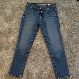 American Eagle medium wash cropped jeans size 0